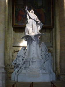 Monument to Bossuet, Meaux Cathedral