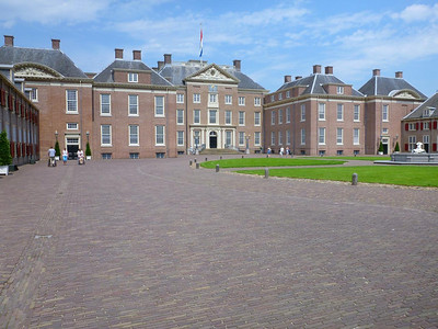 Palace, again