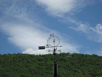 Pennyfarthing weathervane