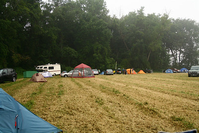 We arrived after dark on friday night, and set up camp.  This was taken saturday morning.  I'd woken up at 5:30 to watch the 170 km riders depart at 6, but failed to take any pictures.