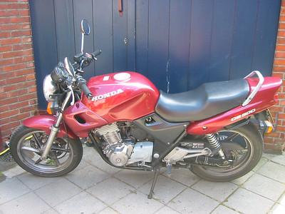 Honda CB500 (Ria, 1999-2004)