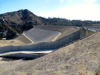 Dam of Nacimiento Lake