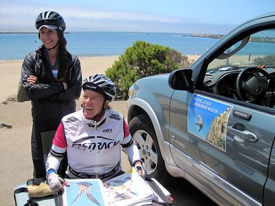 Talking to Pacific Coast Peregrine Watch volunteers