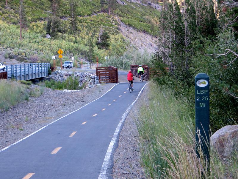 Trail along Lake Mary Road: amazing ride!