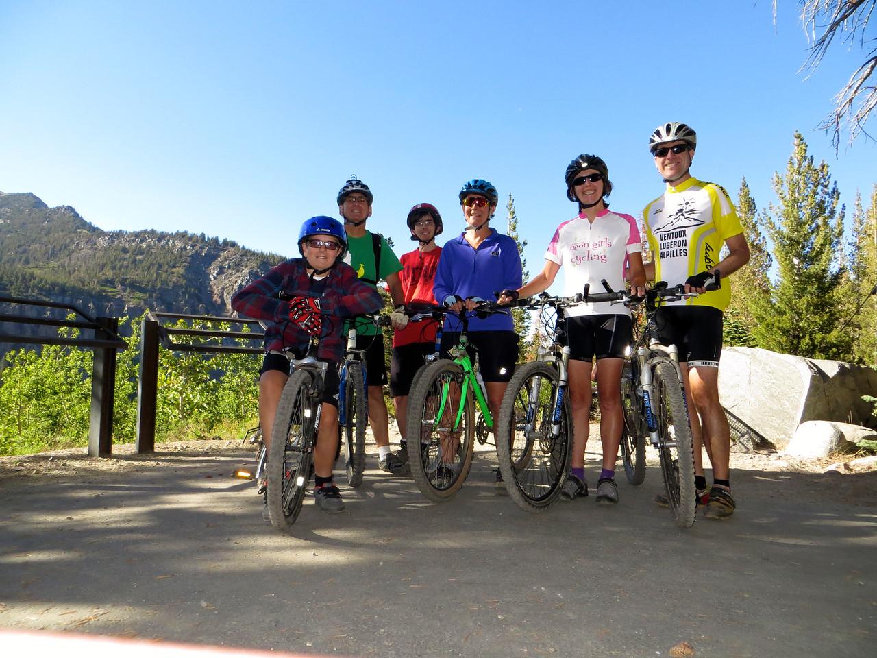 Group photo at Twin Lakes