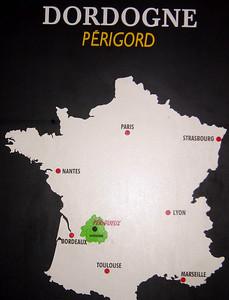 Detailed map of Dordogne:  http://www.dhp-ltd.com/agr/dordognemap.htm