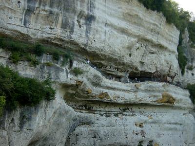 La Roque St Christophe (Le Moustier) http://www.leseyzies.com/fr/decouvertes.htm