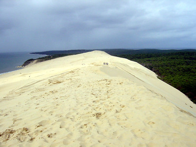Dune du Pilat (south of Arcachon). Highest sand dune in Europe (105m high, 2700m long, 500m wide)