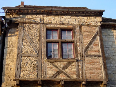 The entire village of St Cirq Lapopie is classified as an historic monument: walk around the cobbled alleys and enjoy!! http://www.quercy-tourisme.com/st-cirq-lapopie/english/index_english.html#home