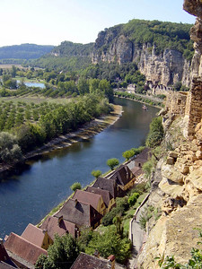 View from Fort Troglodytique La Roque Gageac on the right bank of the Dordogne