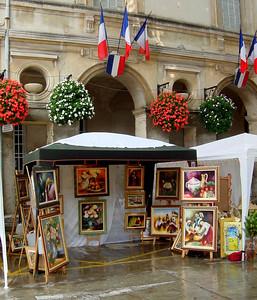 Route des Peintres (St Remy de Provence): exhibit in September http://www.saintremy-de-provence.com/st-remy/anglais/p-peint.htm