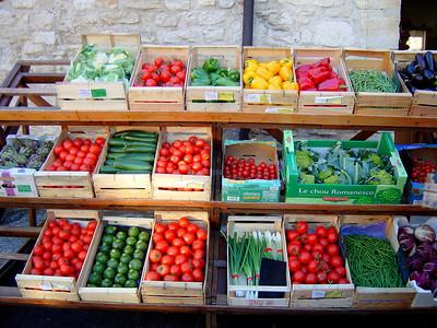 Legumes frais in Gordes http://www.gordes-village.com/html/index.html