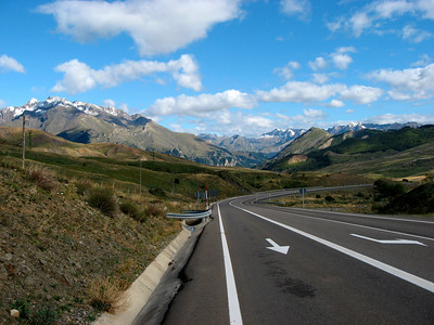 Almost at the summit of the Col du Pourtalet (1794m)