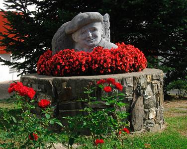 Basque (red, beret)