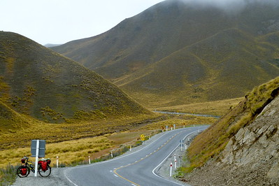Lindis Pass, NZ (Feb 2011)