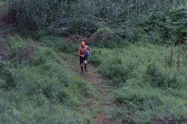 Garden State Swim Run Running Up the Hill