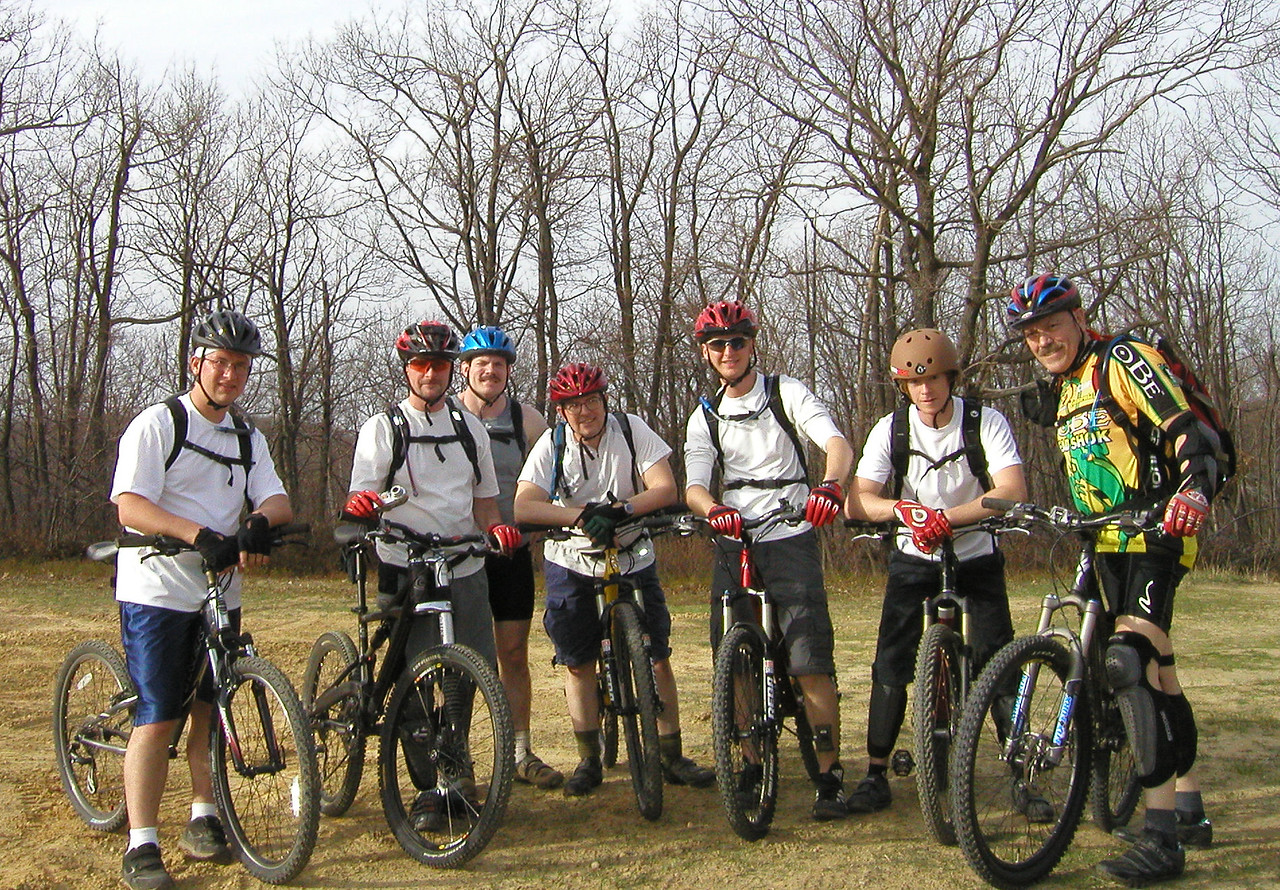 Don, Darryl, Robby, Brian, Ray, Rich, The Ancient One are about to head into the bowels of Sandy Ridge  for some great riding.