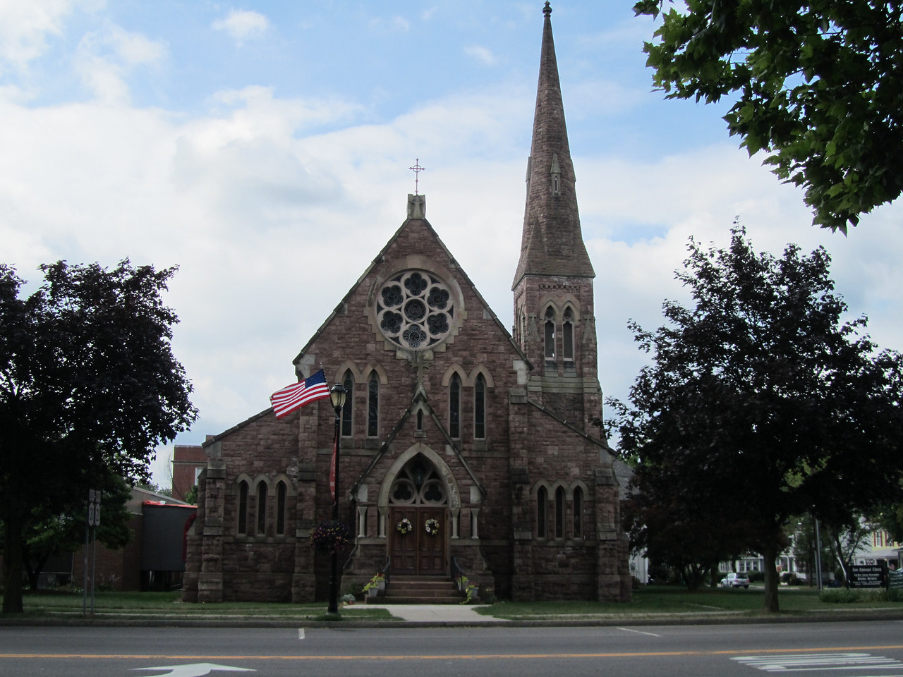 The Zion Episcopal Church on the SE corner.