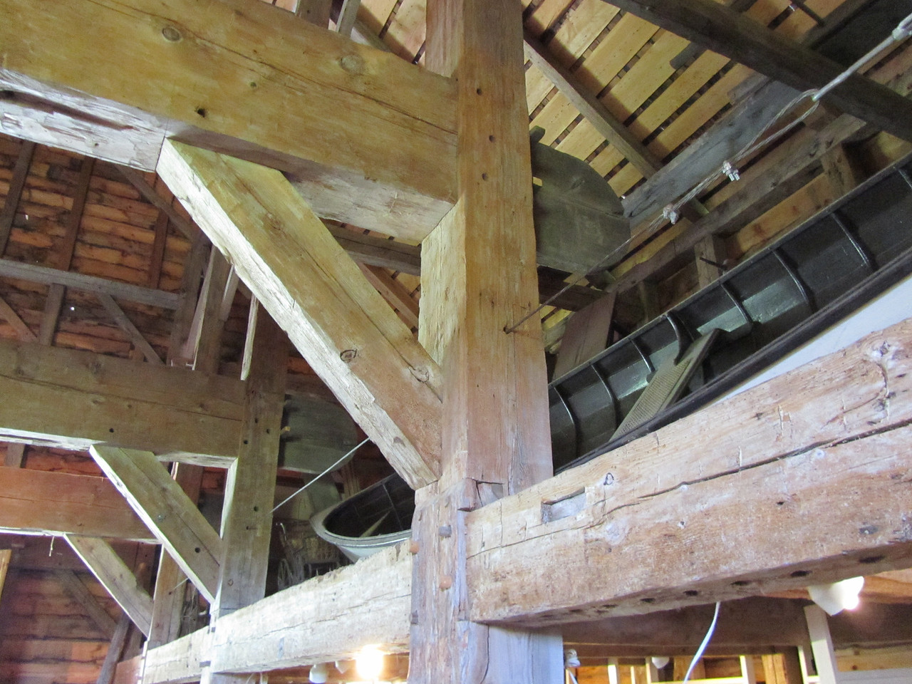 More post and beam building with dowels ilo nails.