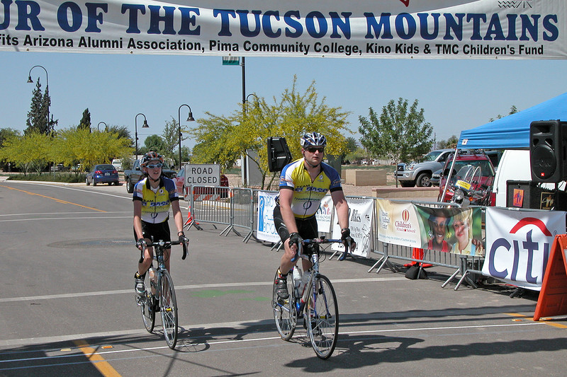 Two finishers from El Paso