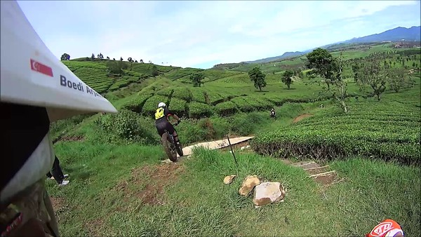 Day 1 - Wayang Windu Bike Park (VIDEO)