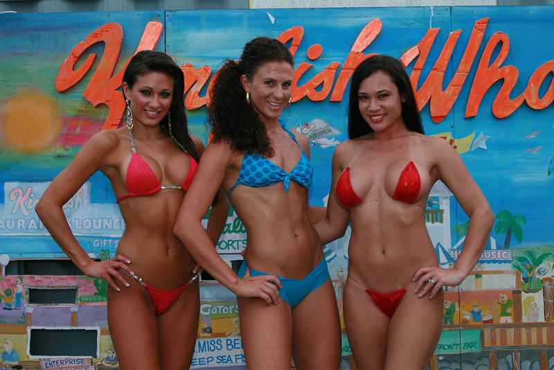 "The Famous Gators Bikini Contest 09' continues... Week 22 Aug 2, 2009   <a href=""/St-Petersburg/Gators/GatorsBikiniContestAug022009/9565442_5Tucp/1/643278704_8aE9m"" target=_blank>click here to see the full album...</a>  <a href=""http://www.24sevenmagazine.com/photos/thumbnails.php?album=144"" target=_blank>click here for savable pics...</a>"