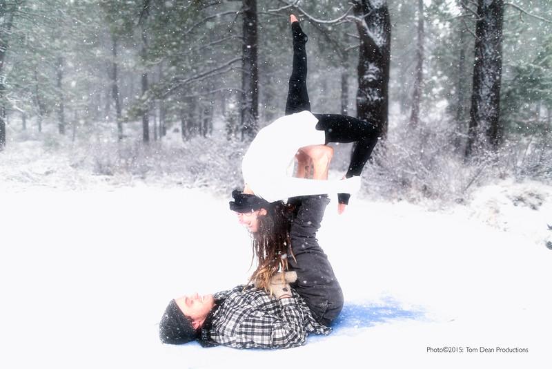 Tom_Dean-Sarah snow yoga_005-Edit