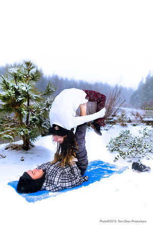 Tom_Dean-Sarah snow yoga_015-Edit