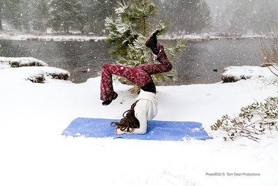 Tom_Dean-Sarah snow yoga_008-Edit
