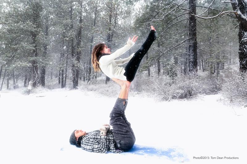 Tom_Dean-Sarah snow yoga_004-Edit