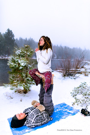 Tom_Dean-Sarah snow yoga_014-Edit