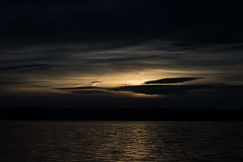 Sonnenaufgang am Ammersee, Holzhausen, Oberbayern, Bayern, Deutschland