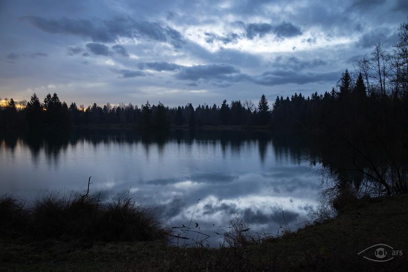 Sonnenaufgang am Auensee, Königsbrunn, Schwaben, Bayern, Deutschland