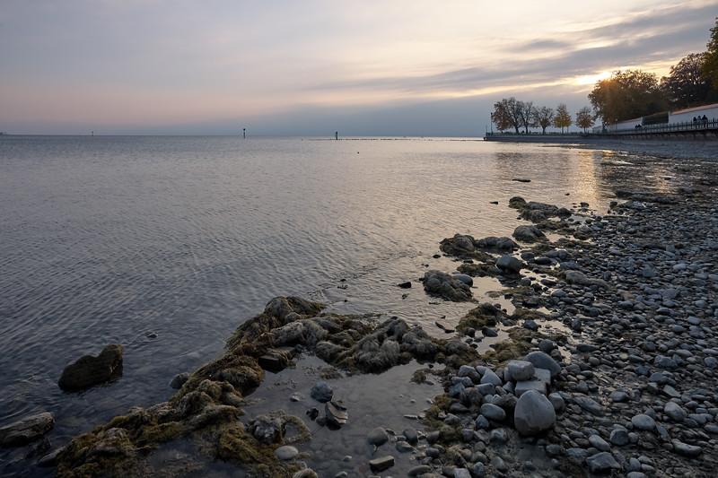 Sonnenuntergang am Bodensee, Friedrichshafen, Bodenseekreis, Badenwürtemberg, Deutschland