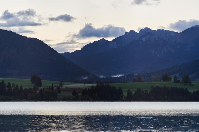 Forggensee bei Sonnenaufgang, Oberbayern, Bayern, Deutschland