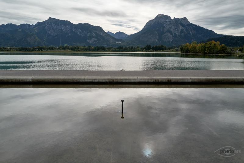 Forggensee mit Blick auf Schloss Neuschwanstein, Oberbayern, Bayern, Deutschland