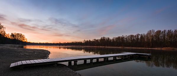 Sonnenaufgang am Kuhsee, Augsburg, Schwaben, Bayern, Deutschland