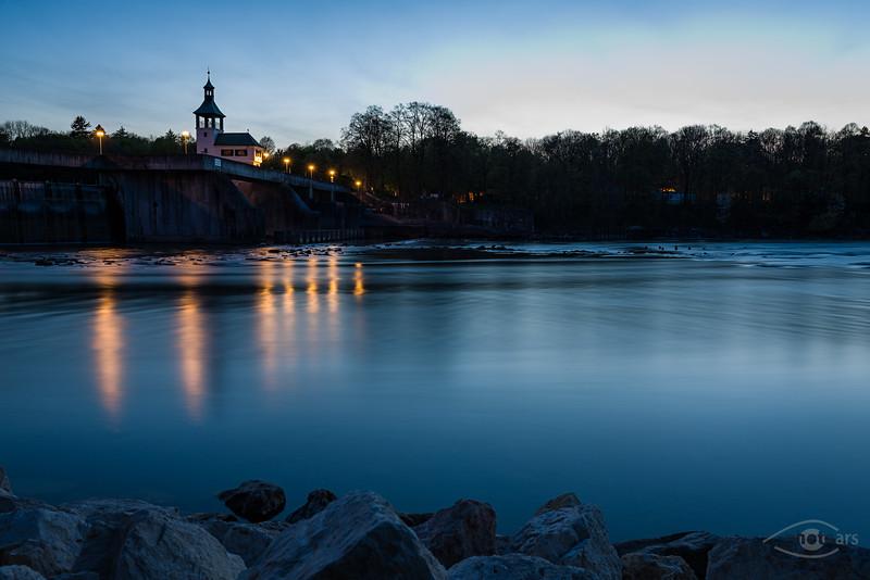 Lech mit Hochablass in der Blauen Stunde, Augsburg, Schwaben, Bayern, Deutschland