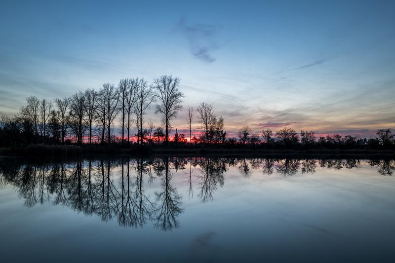 Sonnenuntergang am Merz-Baggersee, Rain am Lech, Schwaben, Bayern, Deutschland