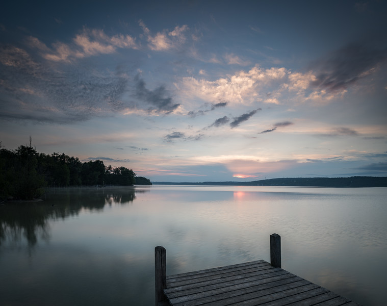 Sonnenaufgang am Steg, Starnberger See, Oberbayern, Bayern, Deutschland