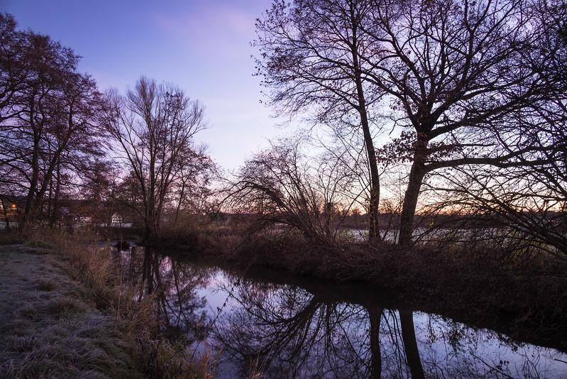 Sonnenaufgang bei der Schmutter, Fischach, Schwaben, Bayern, Deutschland