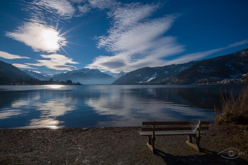 Zeller See mit Blick nach Norden, rechts: Zell am See, Österreich