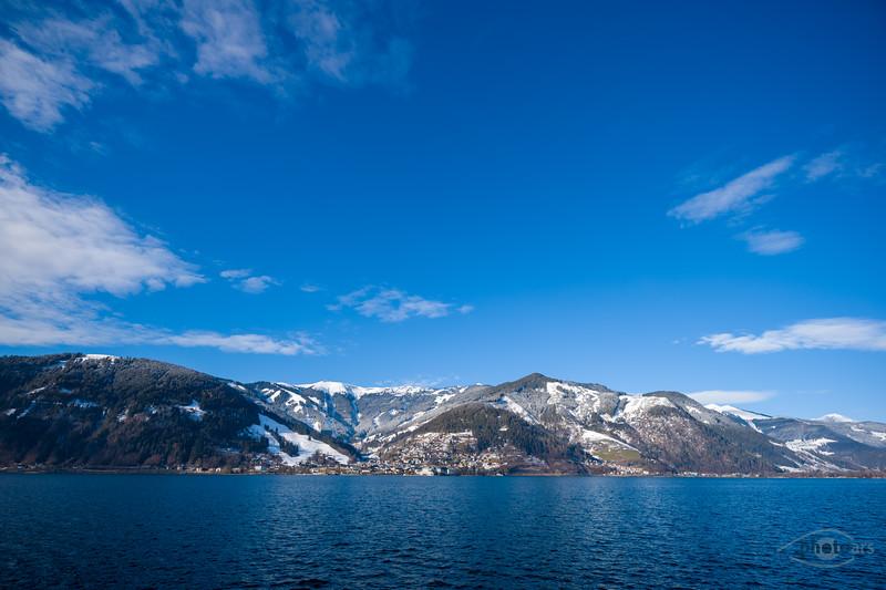 Zeller See mit Blick auf Zell am See, Österreich