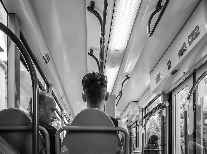 In der Straßenbahn, Augsburg, Schwaben, Bayern, Deutschland
