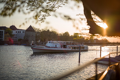 Ausflugsboot auf dem Rhein in Konstanz