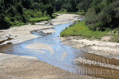 22-K40-72 - Sand River
