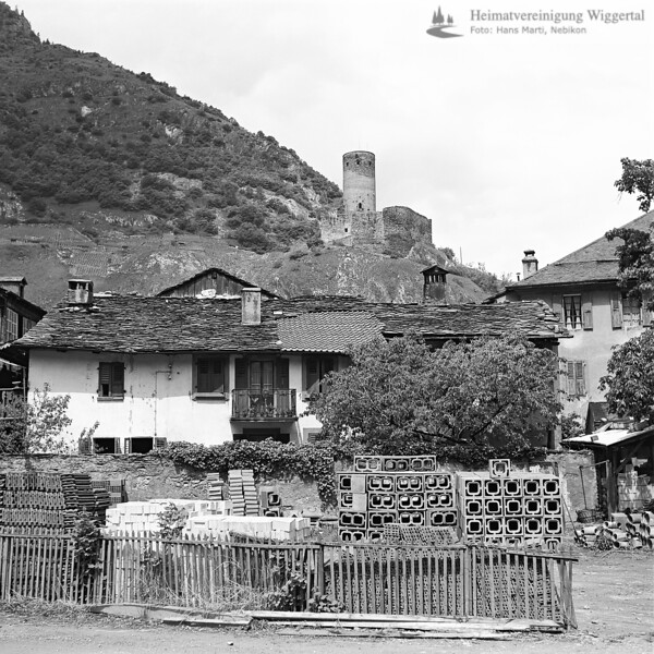 Landschaftsaufnahme mit Burg