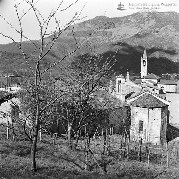Tessin Landschaftsaufnahme mit Kirche 1969