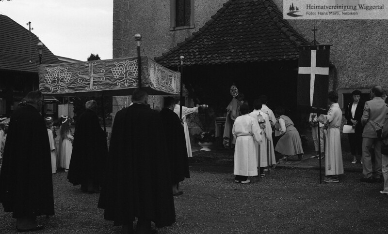 #030197 | 1984; Prozessionshalt mit Segen; Mauritiuskapelle; fja