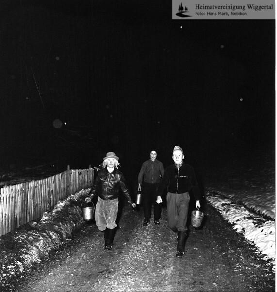#030412 | Giritzjagen um 1960; ww
